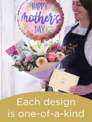 Mother's Day hand-tied gift set